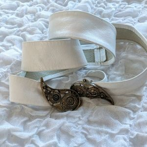 Vintage Leather Adjustable Belt Paisley Buckle
